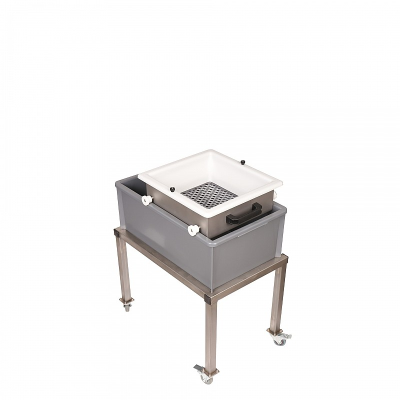 manual separating unit on wheels without sieve